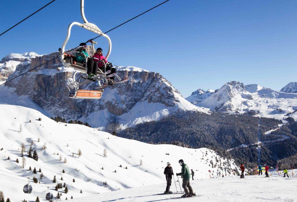 Seggiovia tra le Ski Aree della Val di Fassa