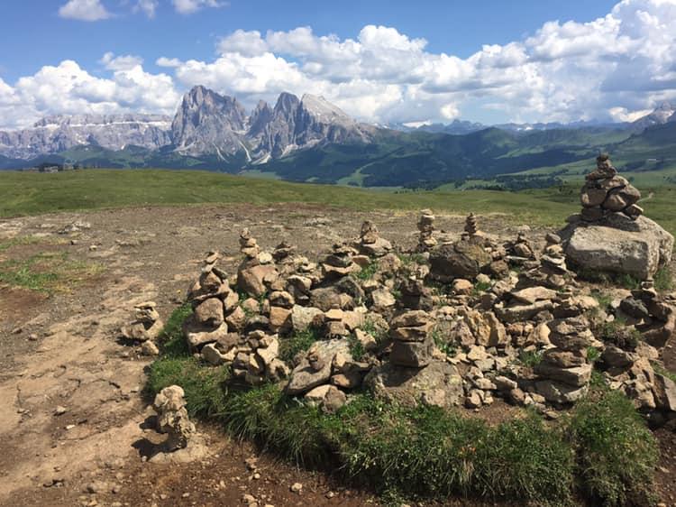 panche delle streghe sull'Alpe di Siusi