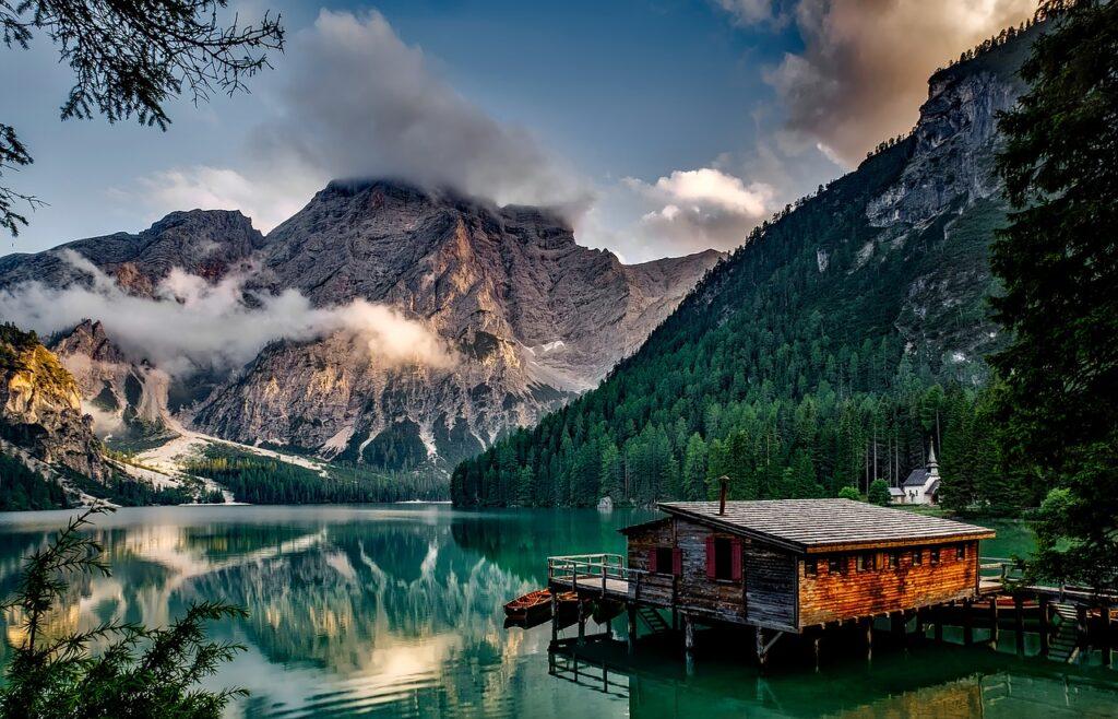 Lago di Braies in Val Pusteria