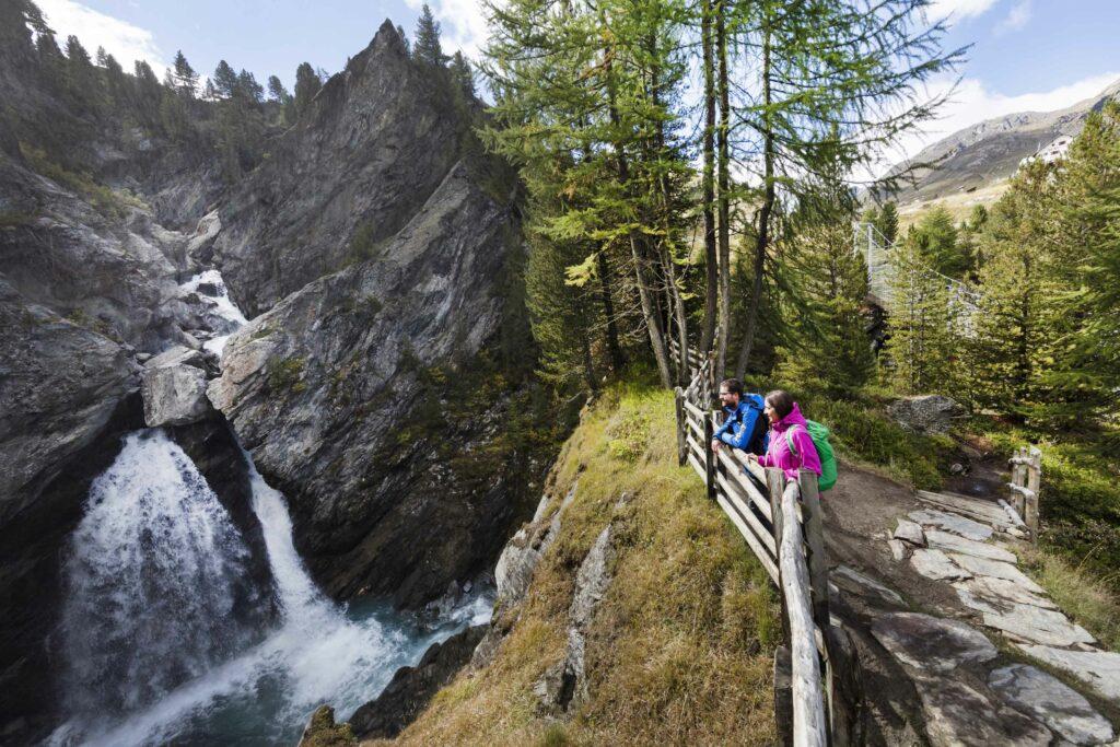 Val Martello escursione cascata