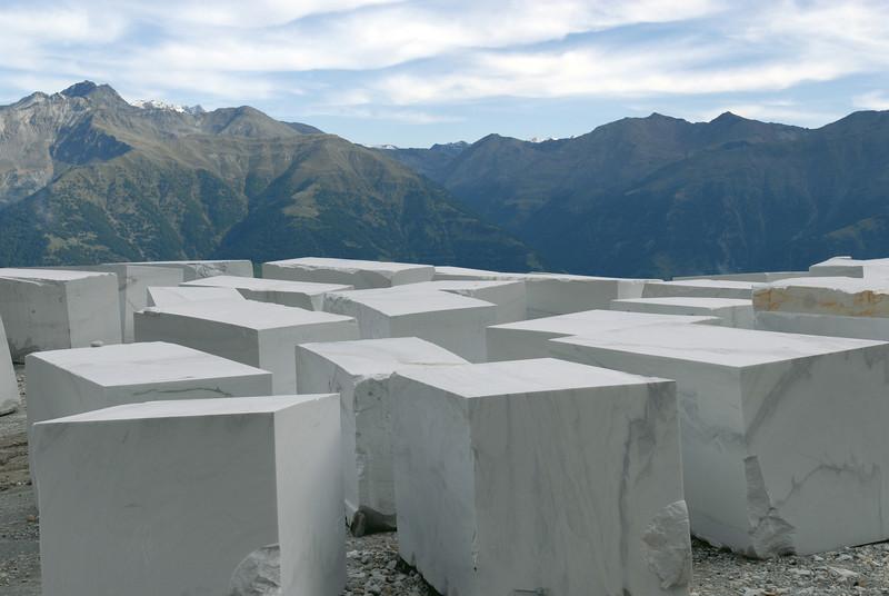 Lasa cubi di marmo