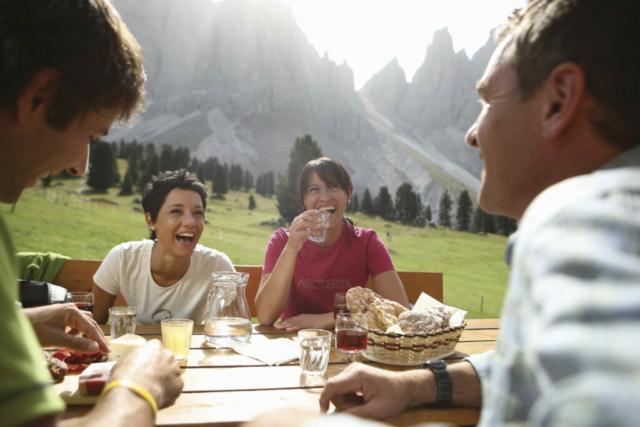 pranzo in rifugio d'estate