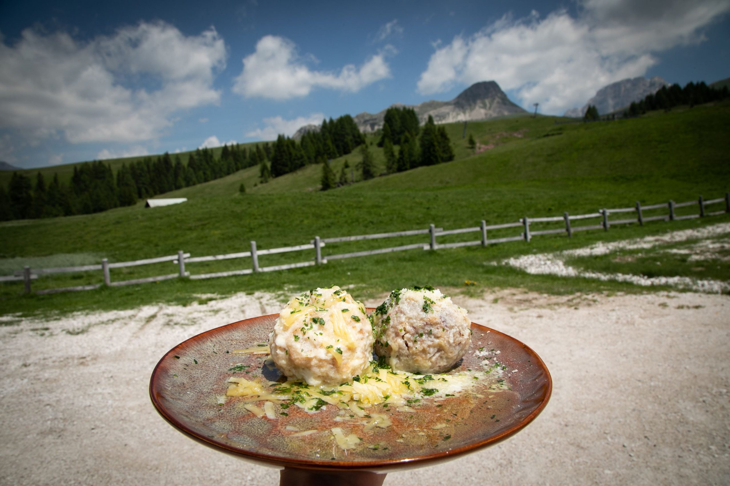 Canederli a Malga Rolle in Trentino