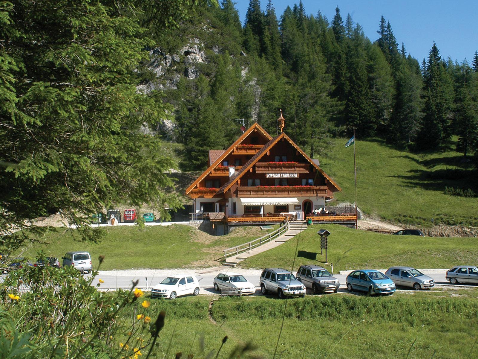 Rifugio Passo Staulanza in Val di Zoldo