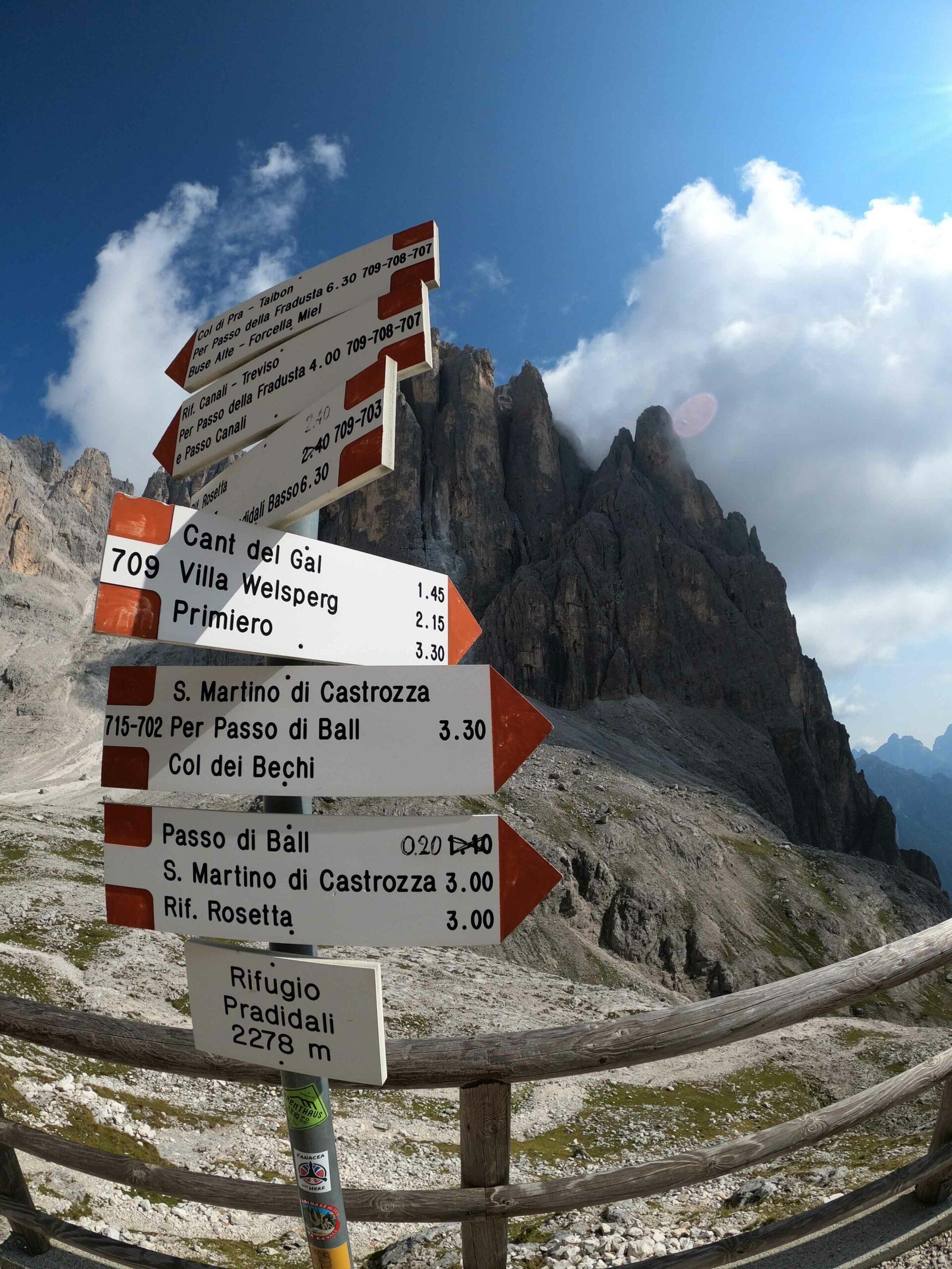 Trekking Altopiano della Rosetta Pale di San Martino